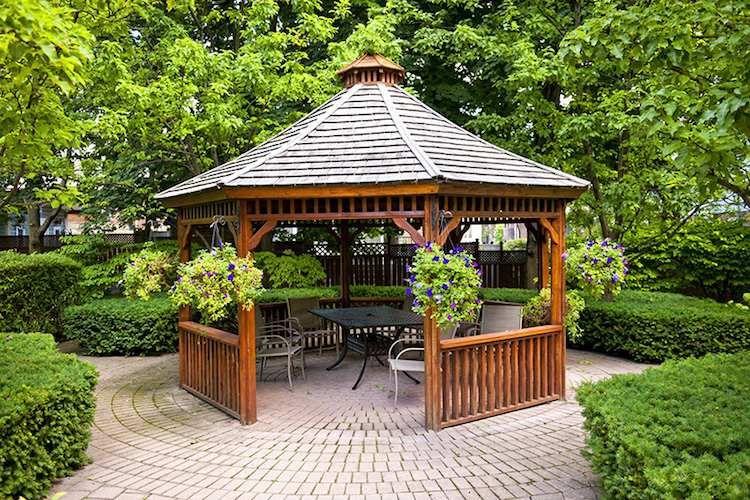 tonnelle jardin bois pour se reposer en plein air entre calme et s r nit gazebo backyard. Black Bedroom Furniture Sets. Home Design Ideas