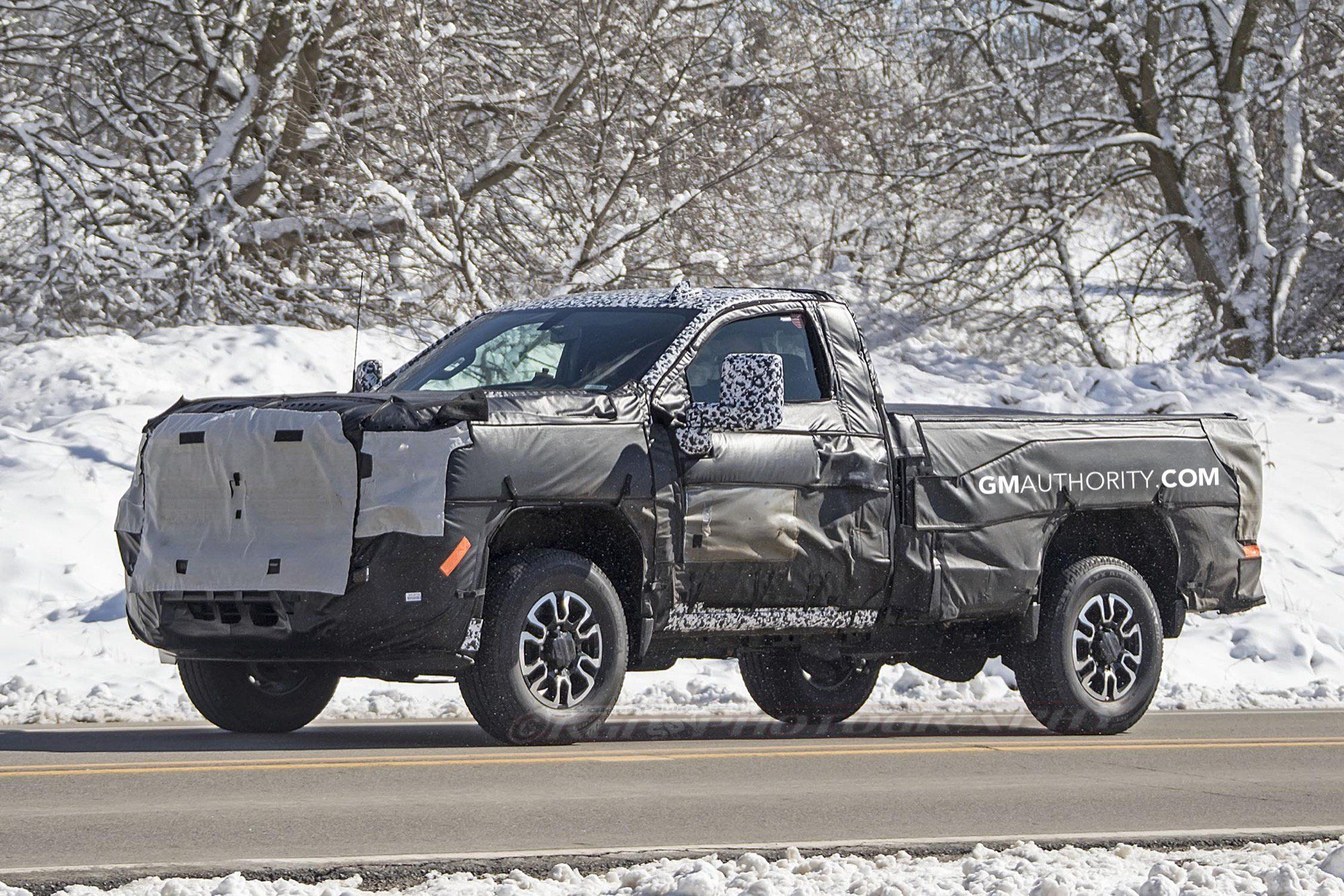 Learn More About The Next Generation 2020 Gmc Sierra Heavy Duty Pickup Truck Built For Incredible Performance Maximum Tow Silverado Hd Chevrolet Silverado Gmc