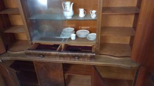 Vintage Küchenbuffet (antiker Küchenschrank) in Bayern ...