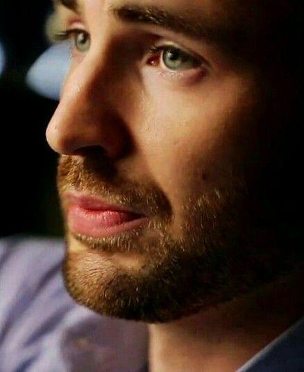 Chris Evans-Those Beautiful Green Eyes...
