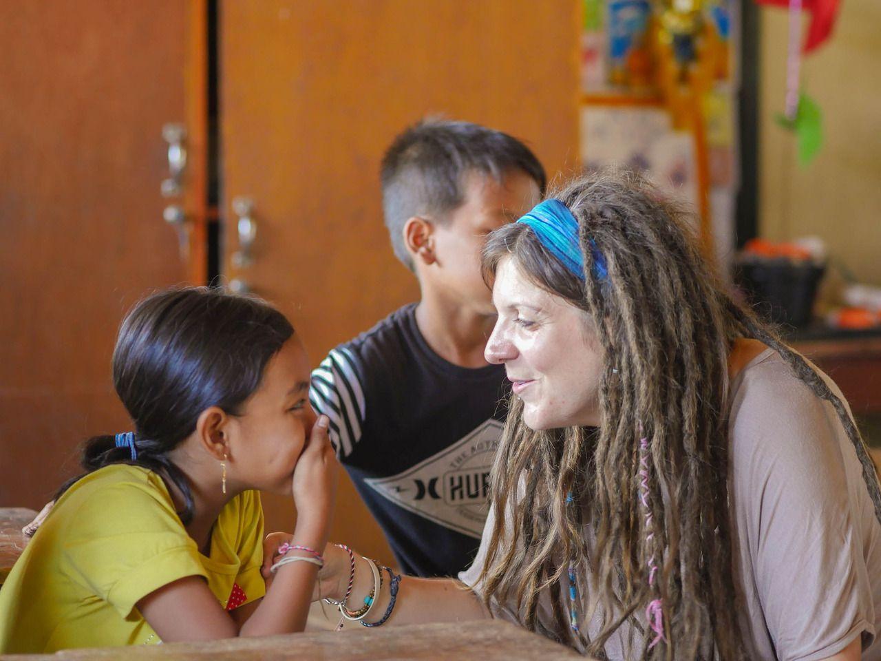 Volunteer Melinda Having Fun With Her Student Vpbali Volunteer Volunteerabroad