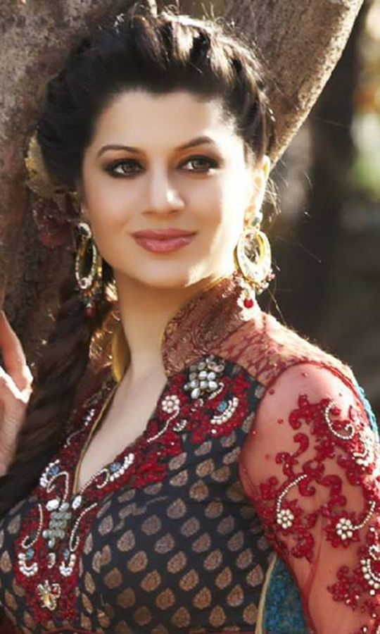 kainaat arora biography