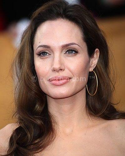 Angelina Jolies Frisur - http://bilderpin.com/2799/angelina-jolies-frisur/