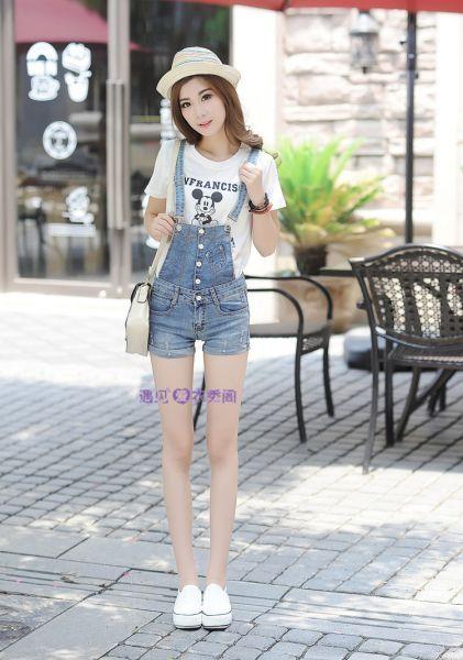 Nguồn hàng Quần yếm jean nữ ngắn dễ thương  bán sỉ tpHCM Đặt hàng tại http://dathangtaobao.vn/quan-yem-jean-nu-ngan-de-thuong/