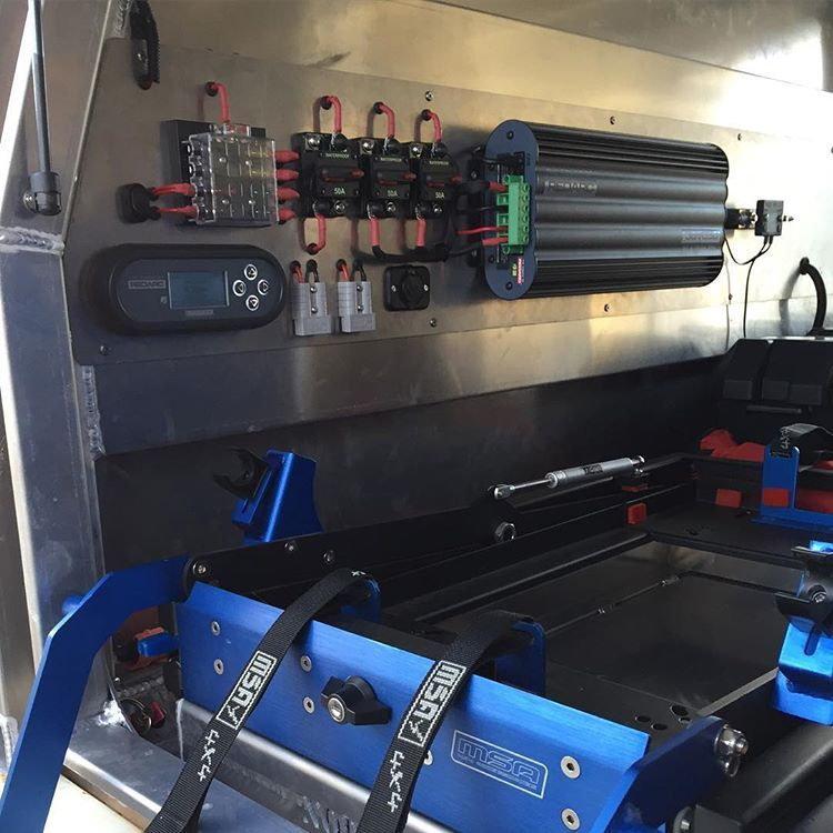 2 X 120ah Century Agm S 200w Panel And The Redarc Manager 30 Cold Beer For Days Norweldaluminium Redarc Manag Ute Canopy Ute Camping Expedition Vehicle