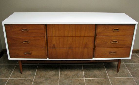 Vintage upcycled gloss white painted mid century modern for Painted mid century modern furniture