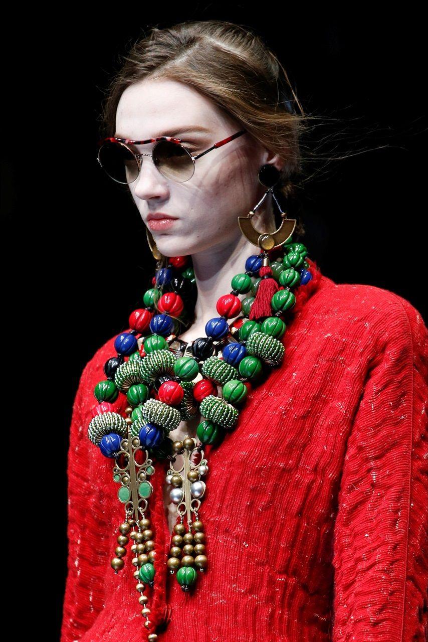 I gioielli più belli visti alle sfilate Autunno Inverno 2018 2019 , Vogue.it