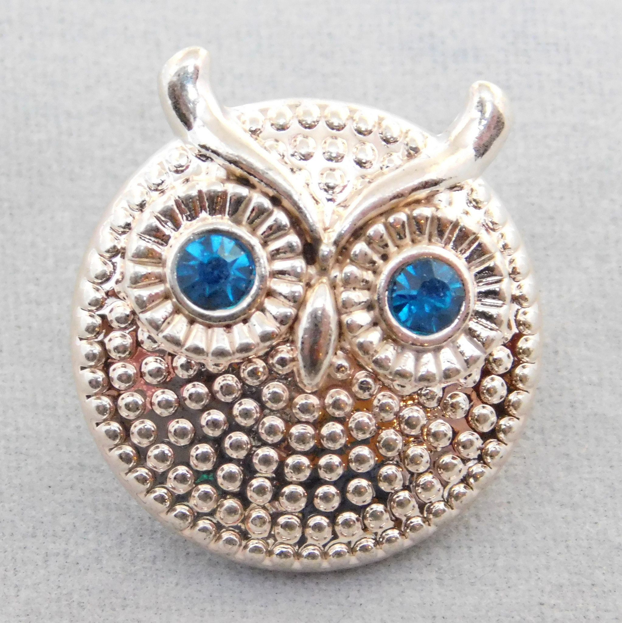 18mm Snap - Silver Owl with blue eyes - metal