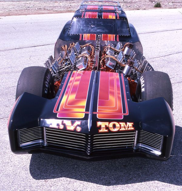TV Tommy Ivo 4 Engine Dragster