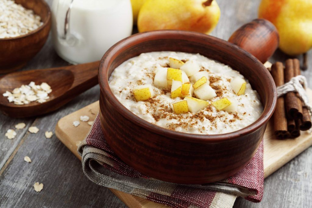 Spiced Pear Oatmeal - Makes 1 Serving Ingredients 1 cup low fat milk 1/2 cup quick cooking oats 3 teaspoons SPLENDA® No Calorie Sweetener,1 Gram of Fiber, Granulated 1/2 teaspoon cinnamon 1/8 teaspoon nutmeg (optional) 1 teaspoon vanilla extract 1/4 cup canned pears, drained and chopped