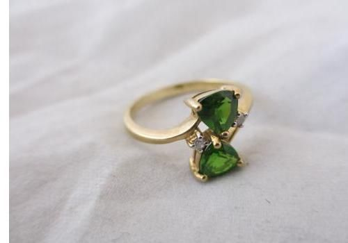 Vintage 1980's 9ct Yellow Gold, Emerald and Diamond Ring.