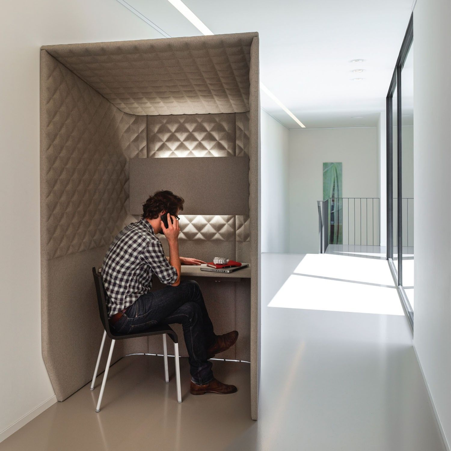 BuzziBooth Private Work Space Creative office space