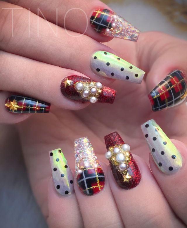 Top Holiday Nail Art to Try This Season | Holiday nail art, Ugliest ...