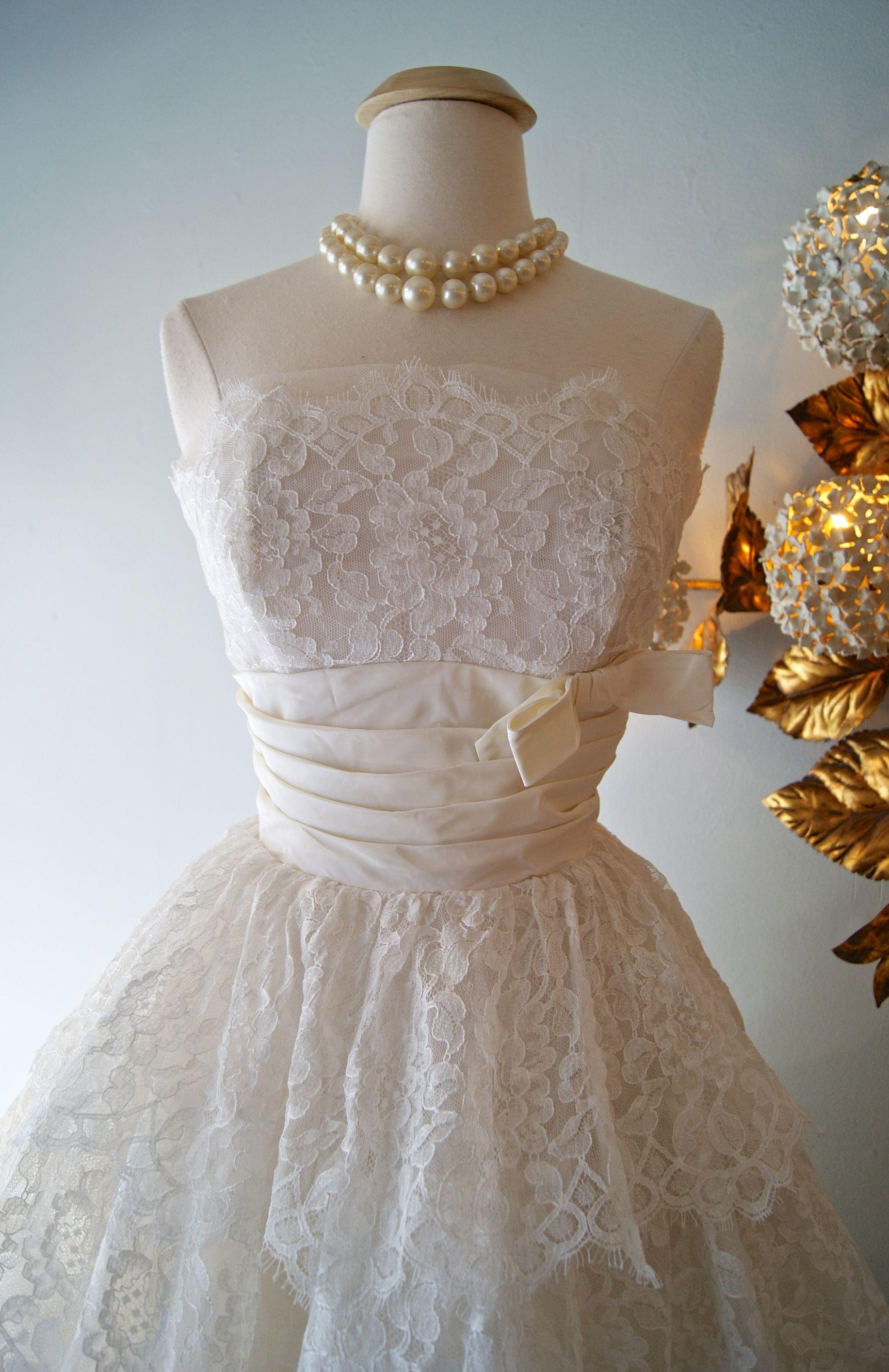 Vintage wedding dress at xtabay vintage bridal salonu vintage