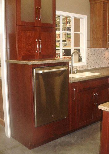 Anyone Have Raised Dishwasher Kitchens Forum Gardenweb Kitchen Dishwasher Kitchen Remodeling Projects Kitchen Interior Design Modern