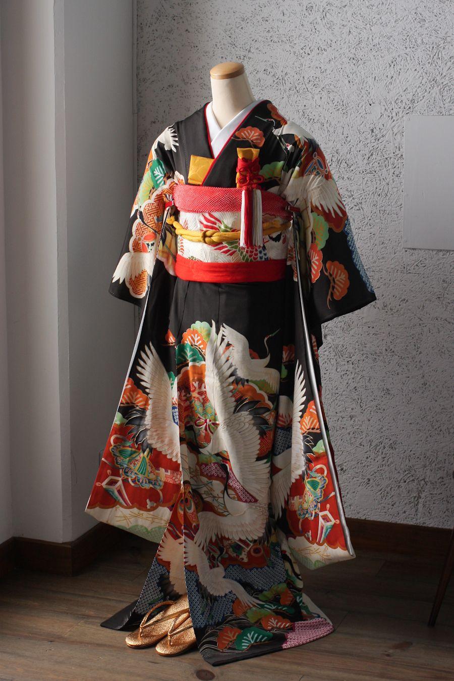 c72cbdff59329 仙台写真館のスタジオズイムです。花嫁さまの黒引き振袖のレンタルをし ...