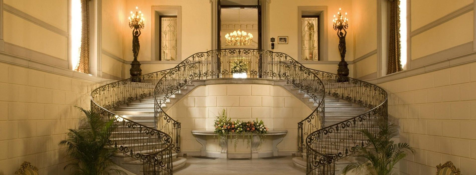 Oheka Castle S Main Entrance Grand Staircase Wedding