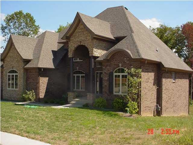 Photobucket brick rock brown roof dream home for Houses with stone accents