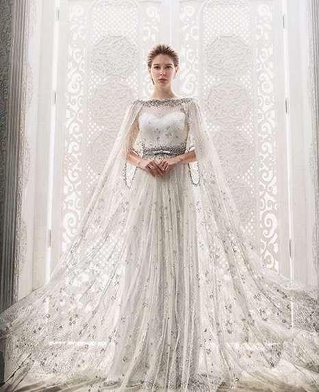 Tendencias de boda 2017: Vestidos de novia con capa [FOTOS] - Capa ...