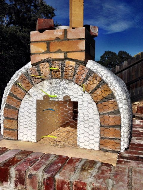 the lyford family wood fired brick pizza oven in california