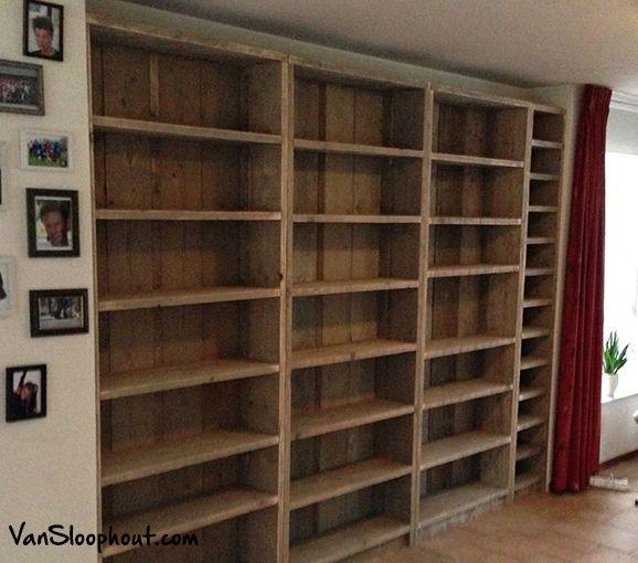 grote kast van sloophout op maat gemaakt maatwerk sloophout steigerhout kast boekenkast hout