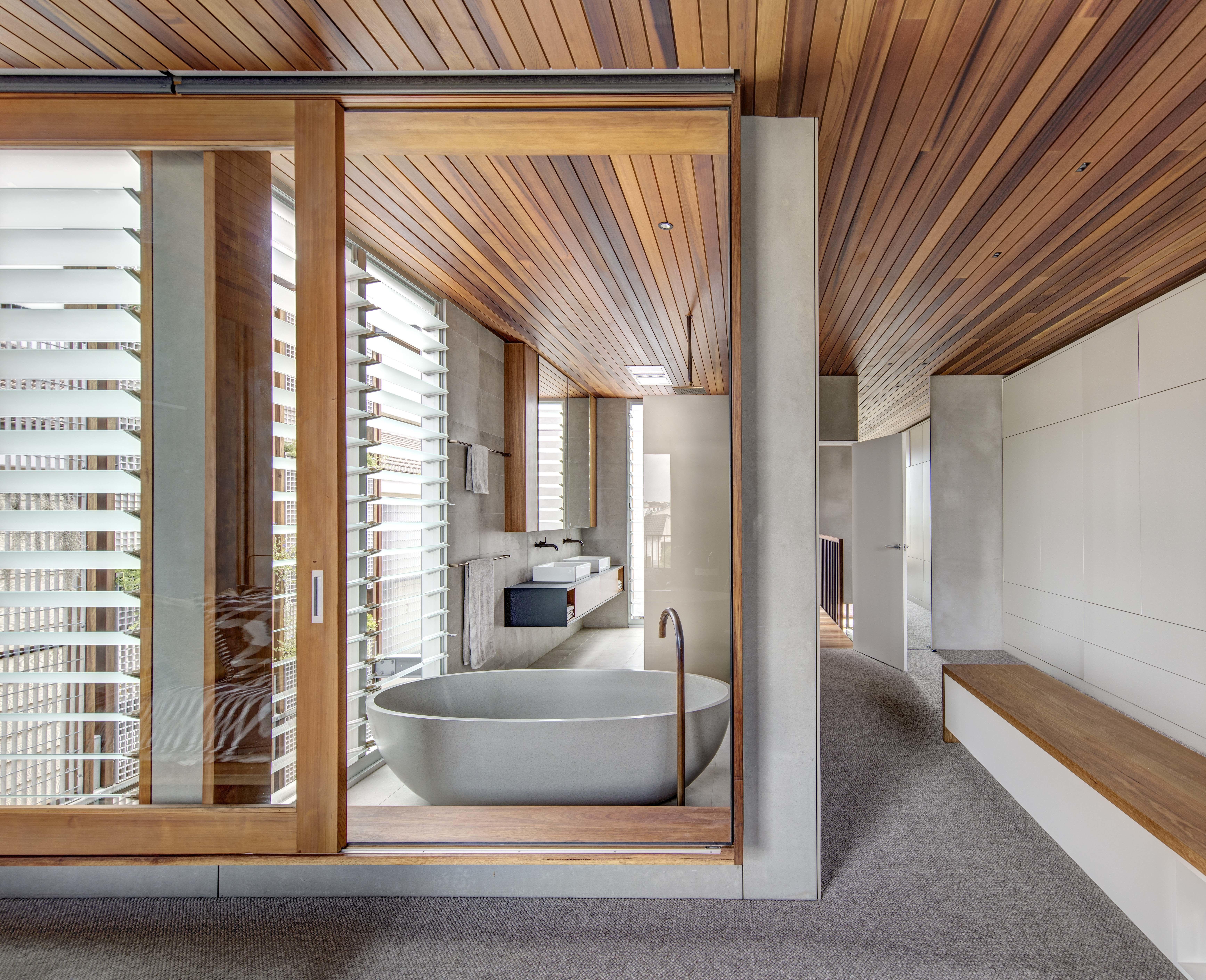 Living Screens Conceal A North Bondi Beach House And A Semi Indoor  # Muebles Paz To Home