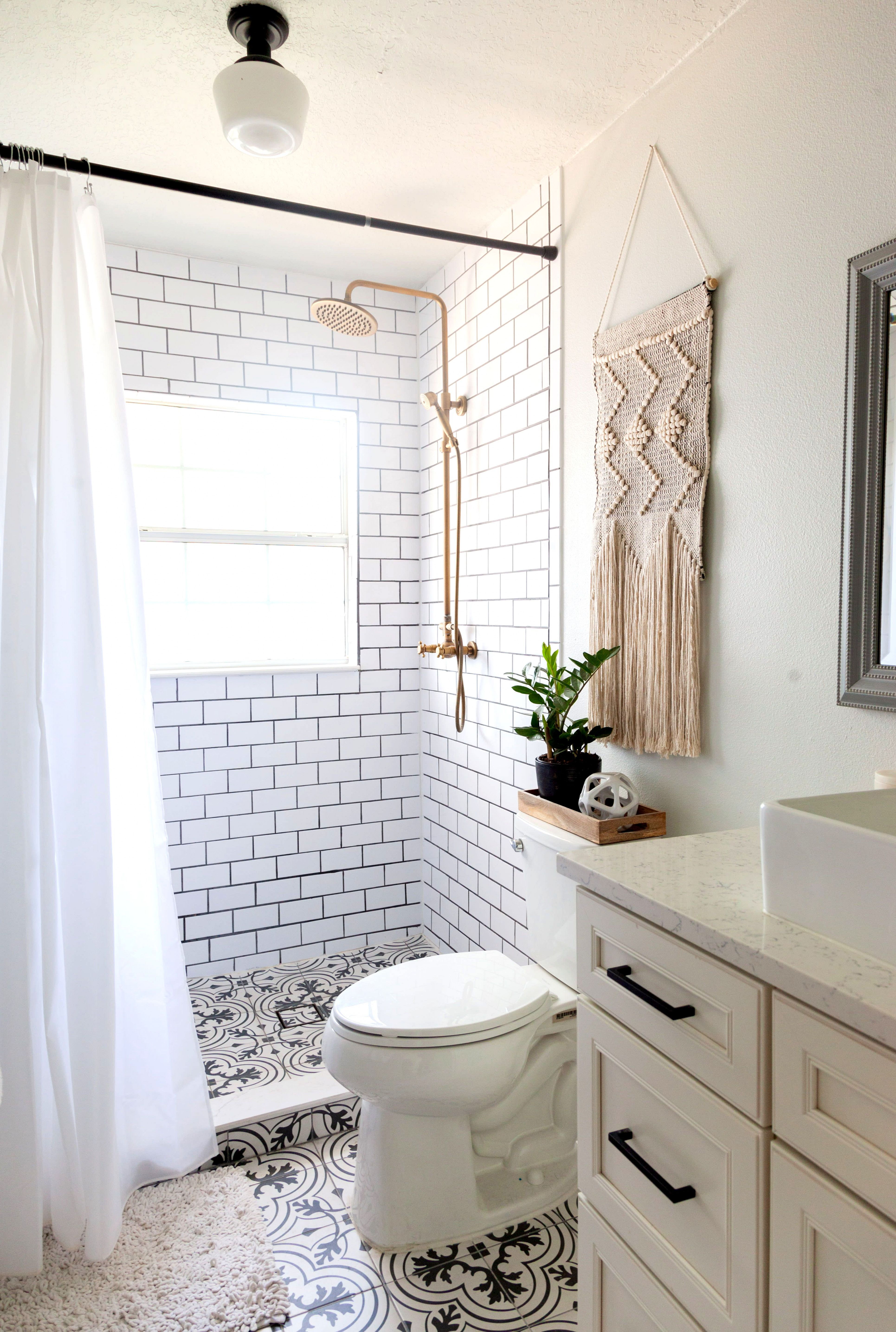 a laid back home was decorated on a shoestring budget milford rh pinterest at
