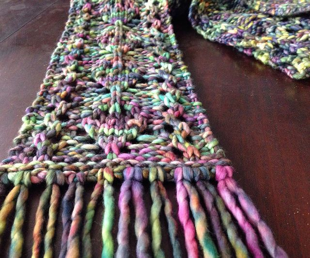 Loom Knit Cordate Scarf Knitting On Loom Pinterest Scarves