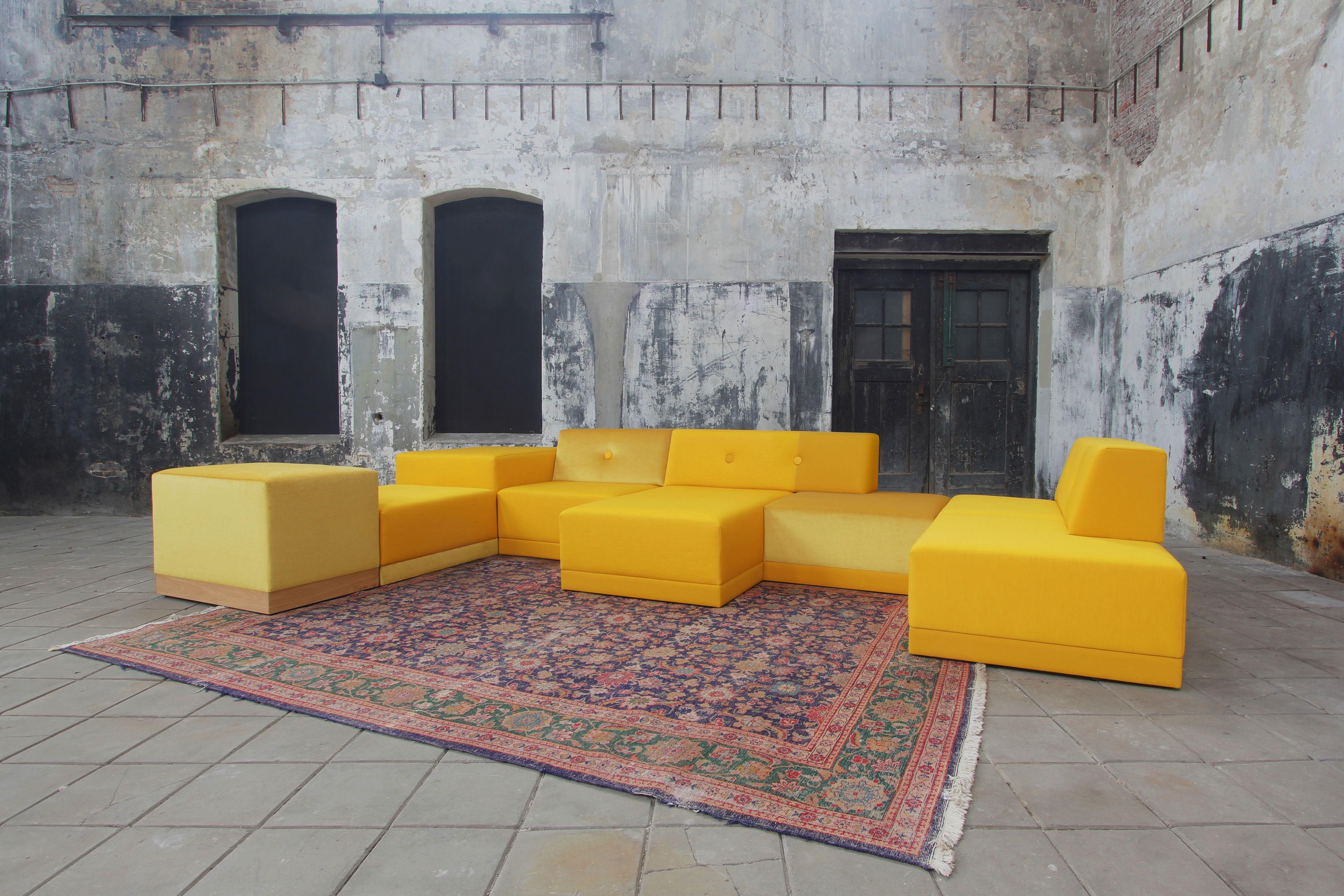 enBloc sofa | yellow