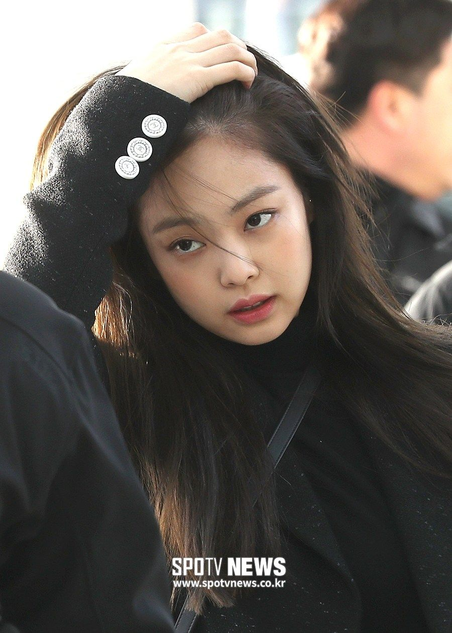 Blackpink At Incheon Airport Heading To Thailand On January 9 2019 Blackpink Jennie Blackpink Jennie Kim Blackpink