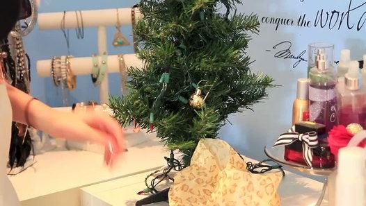 Diy weird christmas presents you need to try video dailymotion diy weird christmas presents you need to try video dailymotion solutioingenieria Images