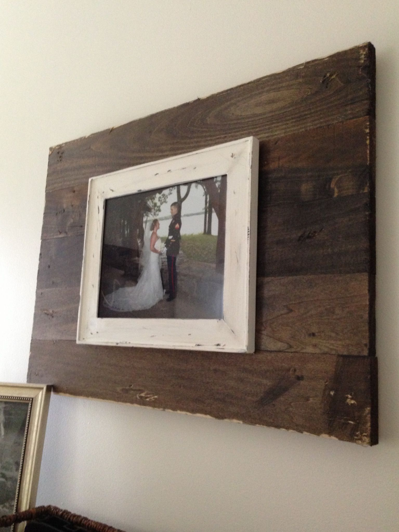 Wood and old frame. Easy, rustic wall art. | DIY | Pinterest ...