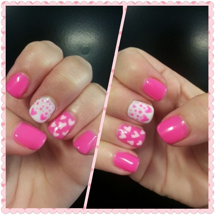 My first D.I.Y mani for Valentine's Day :)
