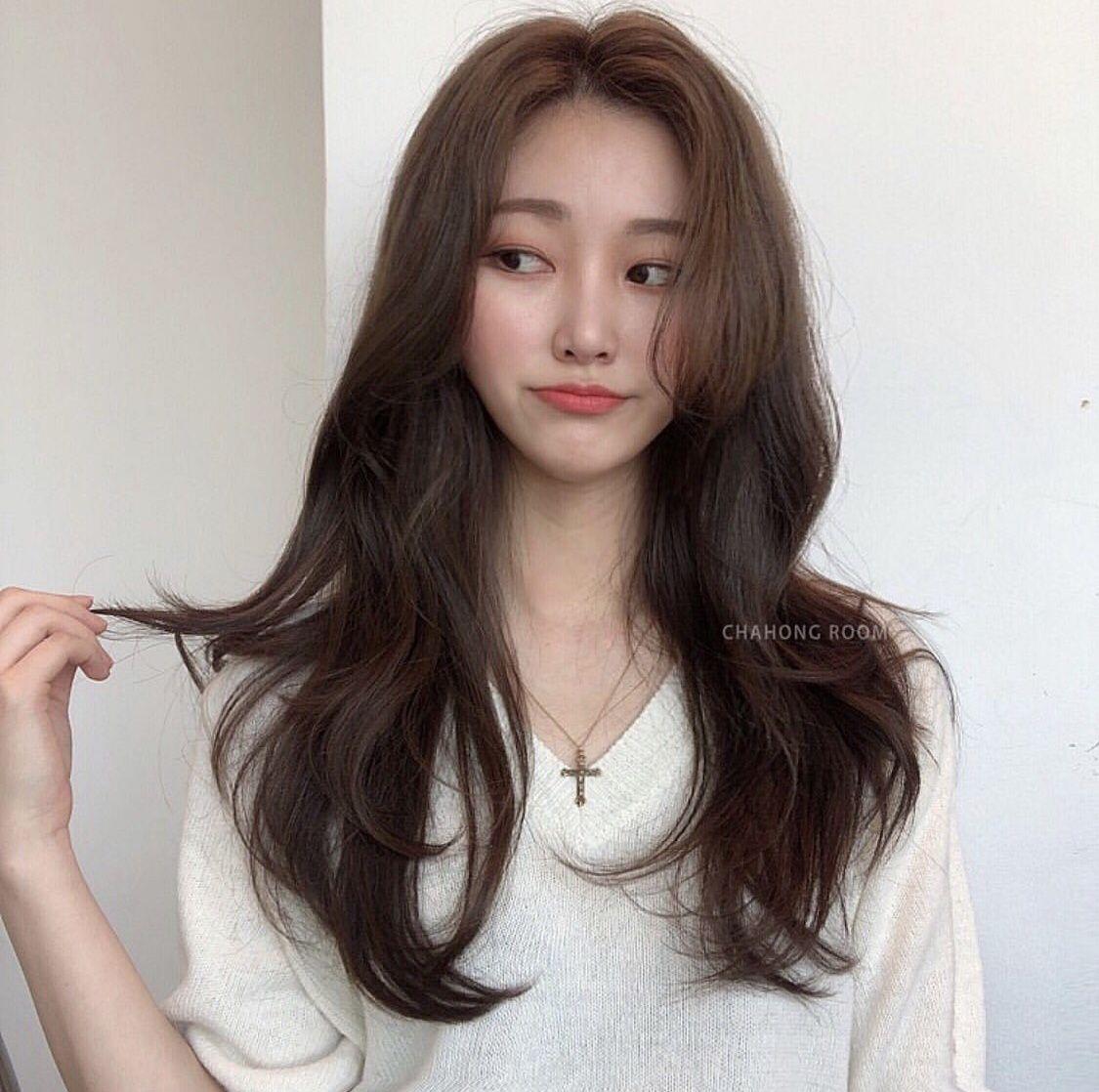 Pin by Michelle Kim on Long  Asian long hair, Korean long hair