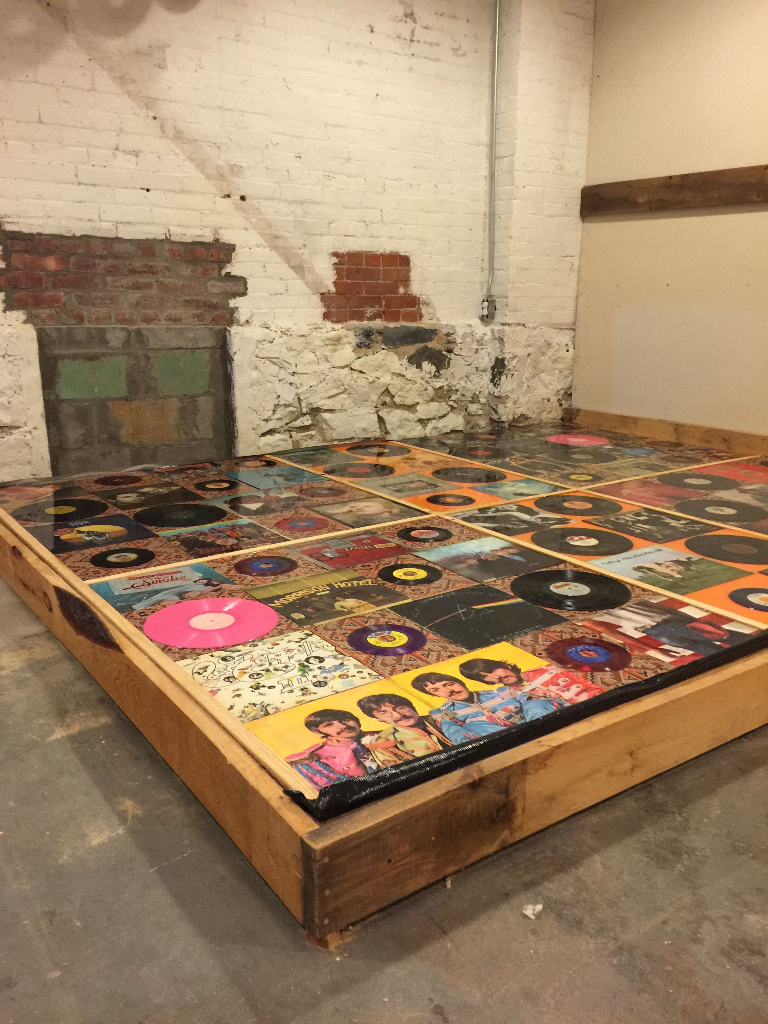 Diy Epoxy Recordvinyl Floor #Recordfloor #Diyrecordfloor #Renovations