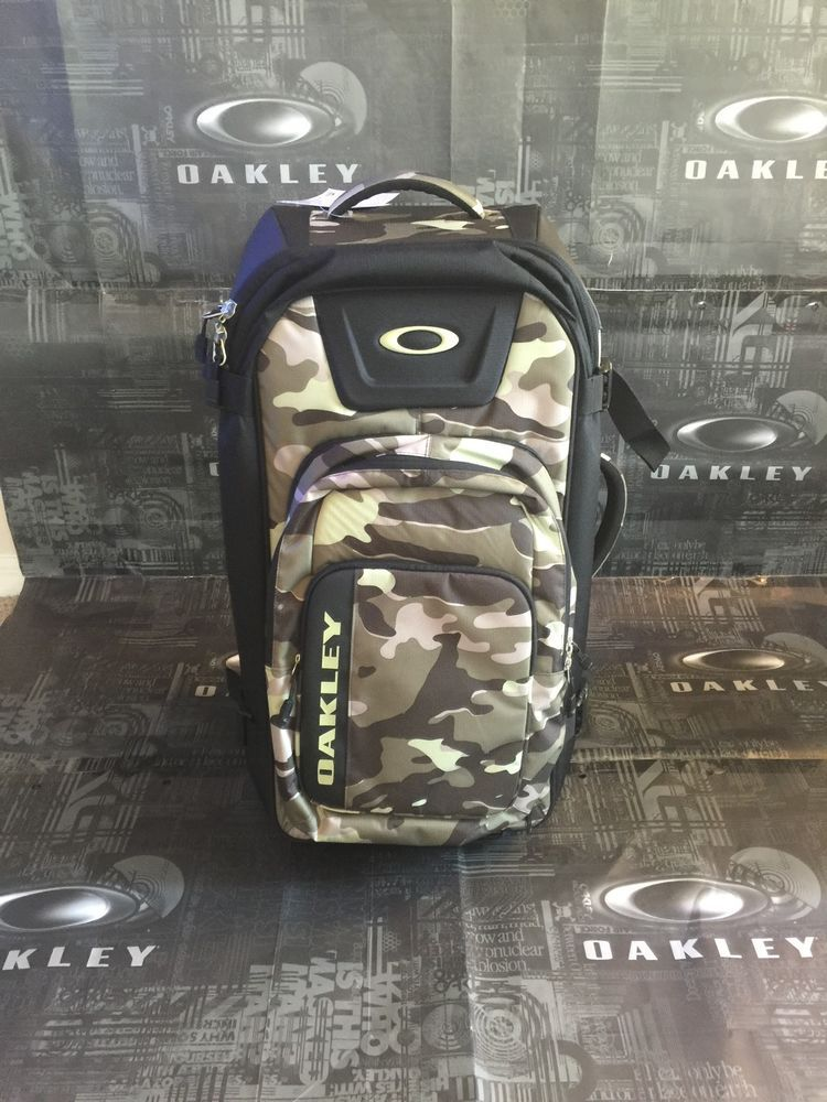 Oakley Roller Luggage Backpack Military Camo Worldwide Travel Luggage Backpack Oakley Backpacks