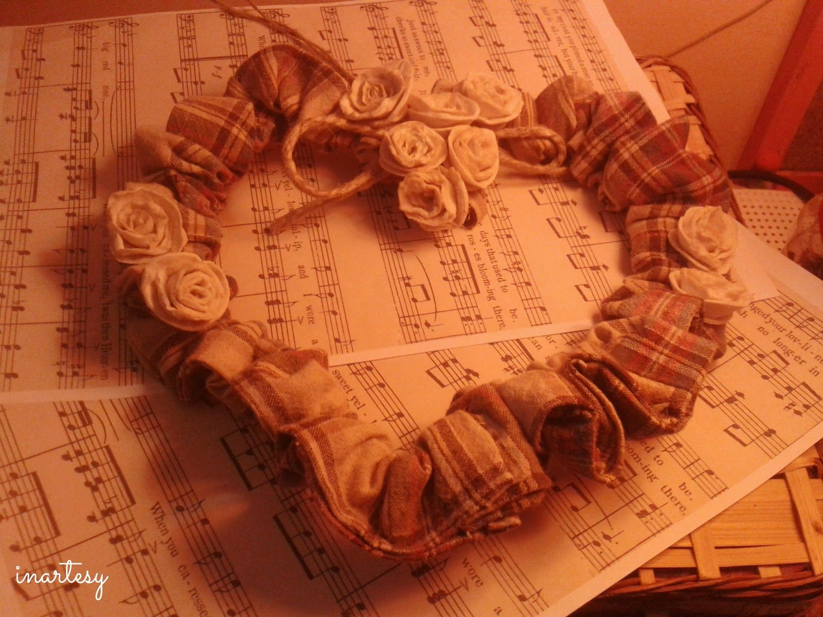 Photo of inartesy: ❤ Ghirlande esterne in tessuto scozzese ❤