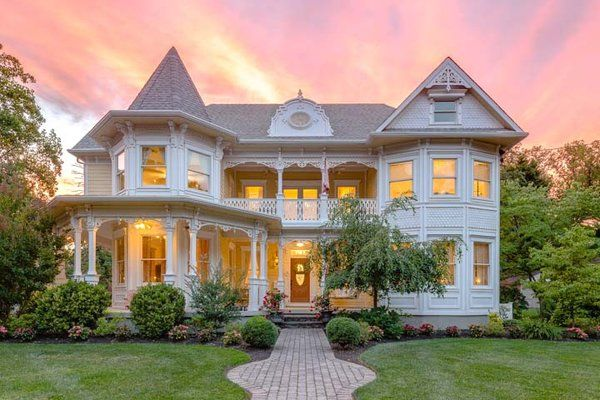 On The Market Custom Built Victorian In Haddonfield For 1 3m Victorian Homes Unusual Homes Dream House Plans