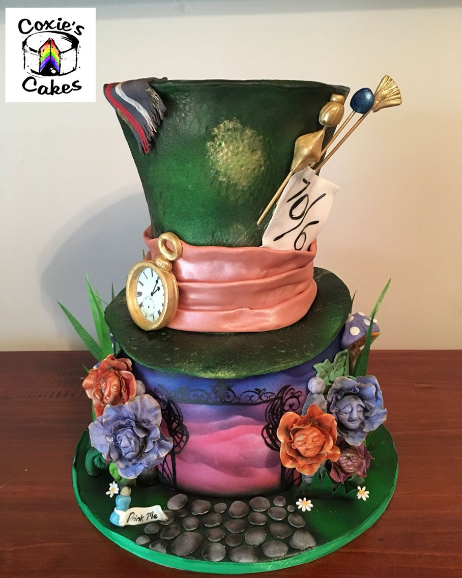 mad hatter wedding cakes designs in cake mad hatters hat inspired by tim 16978