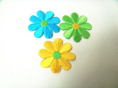3 stk   Blomster tøymerker  SOLGT