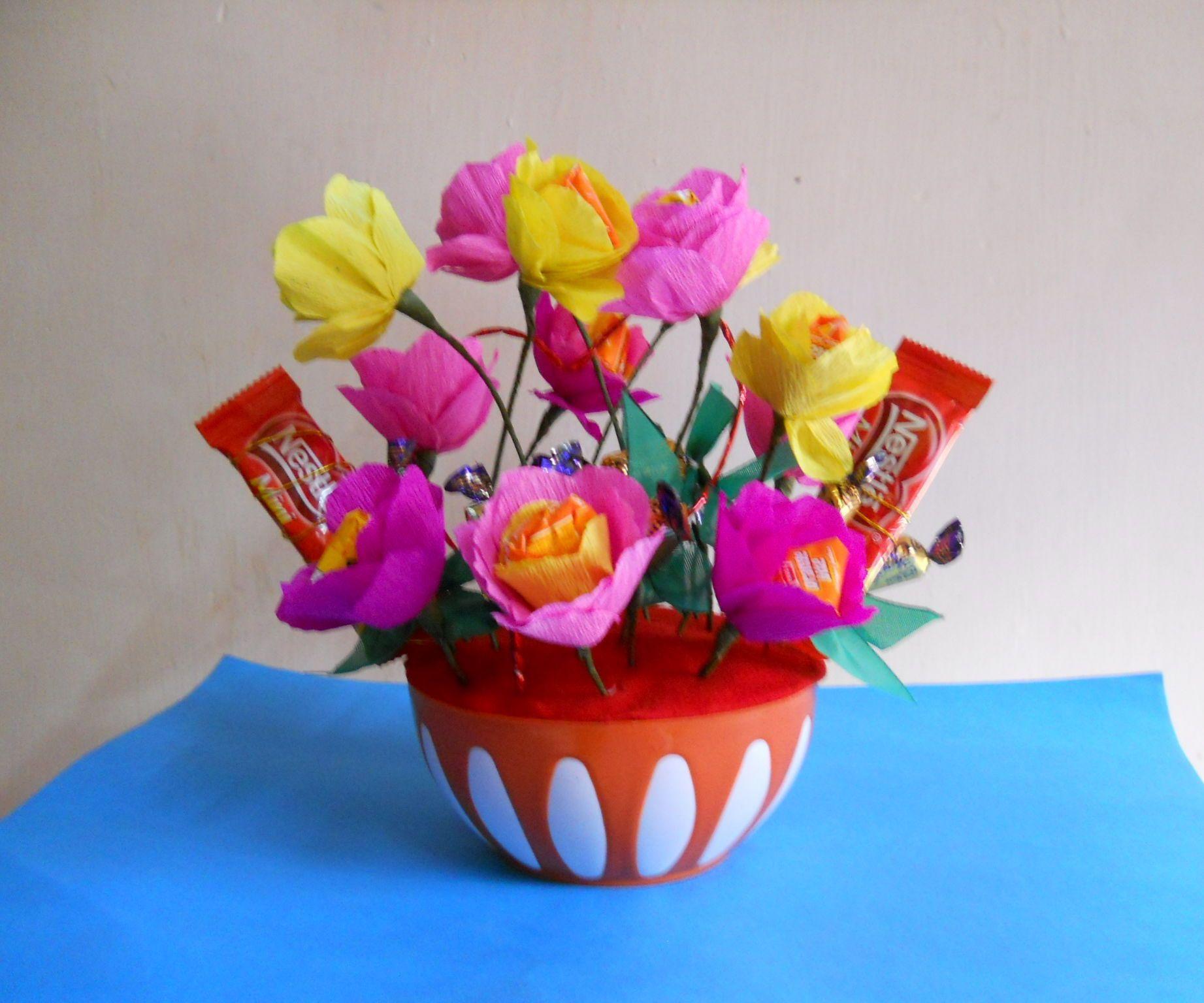 Candy Flower Bouquet | Snow globes/Christmas | Pinterest | Flower ...