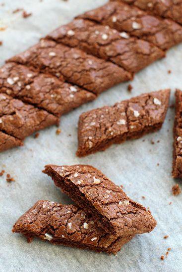pikku murusia: Suklaa-lakritsikeksit