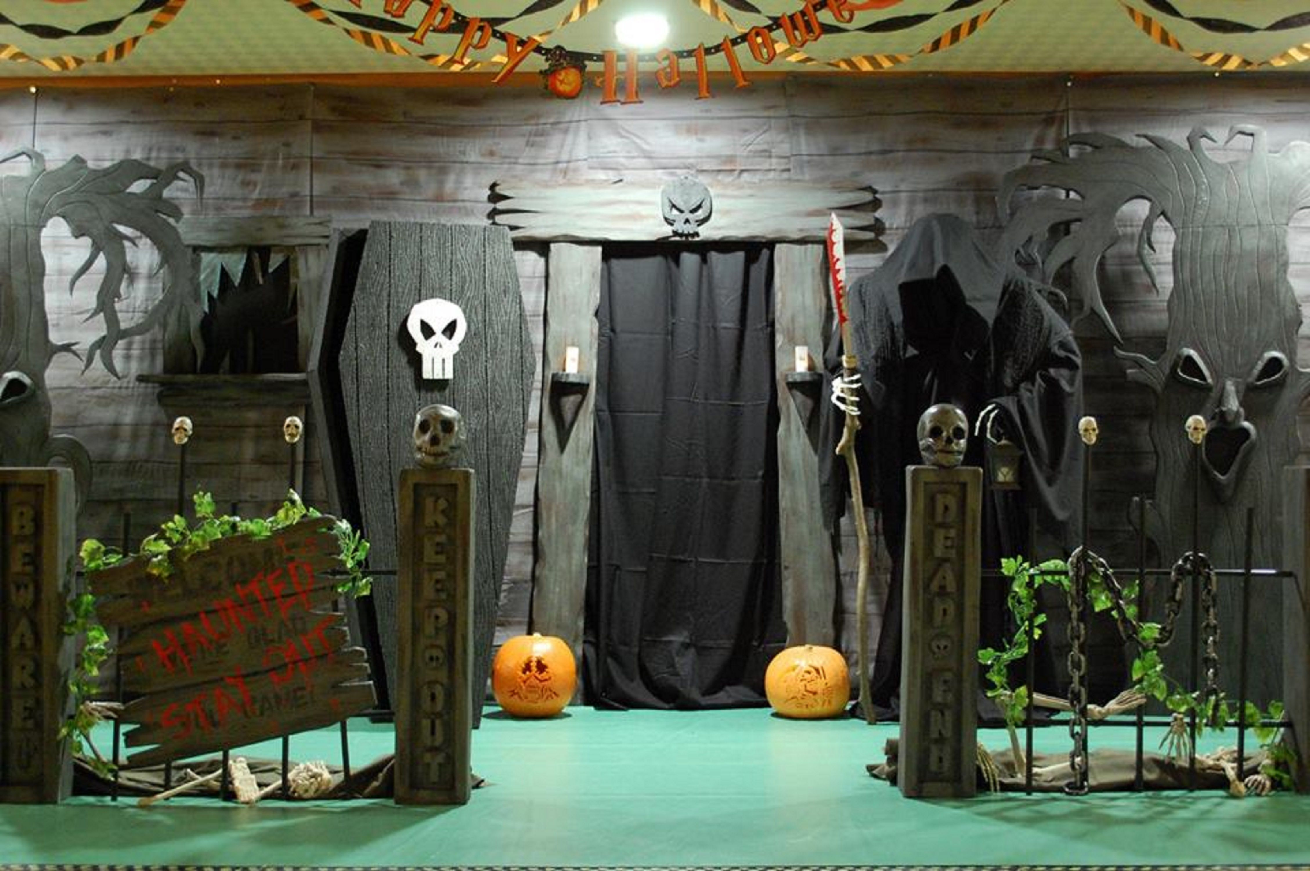 haunted house entrance halloween Pinterest House entrance - halloween house decoration ideas