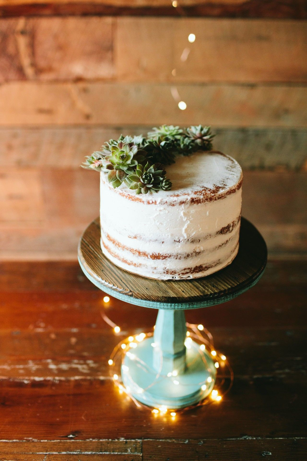 Simply Chic Hawaii Wedding with Dreamy Romantic Details