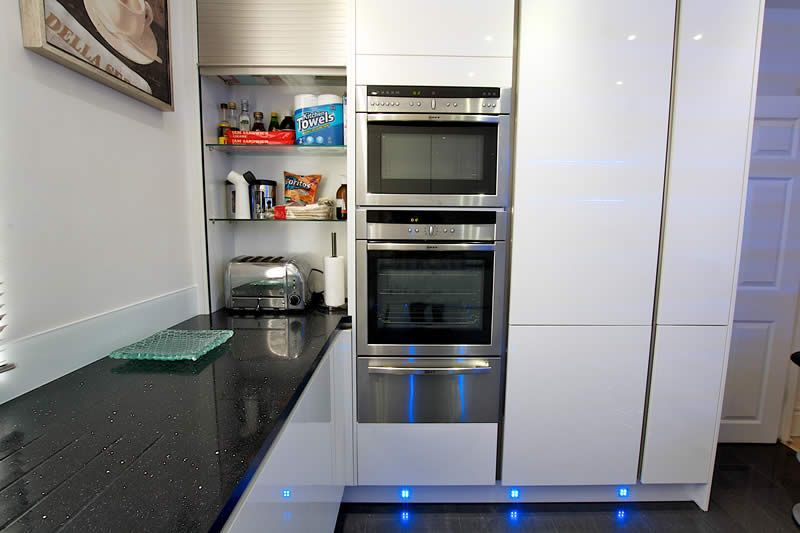 High Gloss Acrylic White Finish Kitchen Cabinets With Integrated Appliances