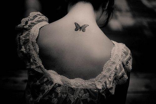 Tatuajes De Mariposas En Blanco Y Negro Cuerpo Y Arte Fotografia