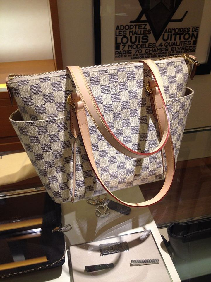 5276bf36c15de Louis Vuitton Totally GM White Shoulder Bags In Our Online Shop Is Your  Best Choice!