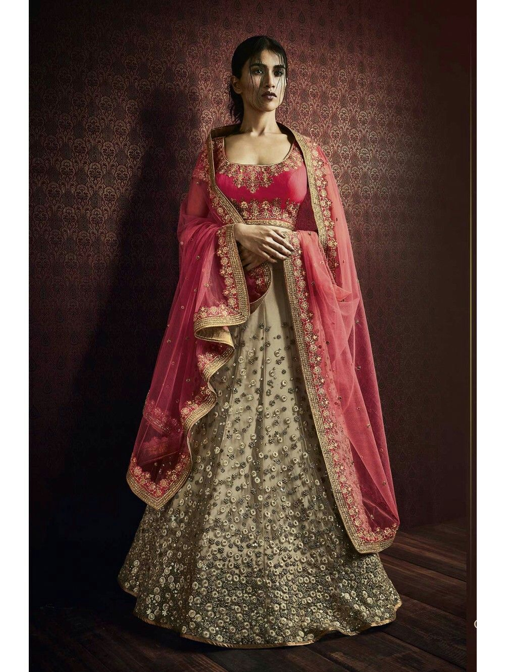 Pin by Emaan Zakir on Gorgeous Bridal Dresses | Party wear ...