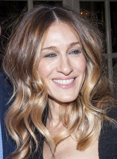 Sarah Jessica Parker Party Hairstyles Blondes And Sarah