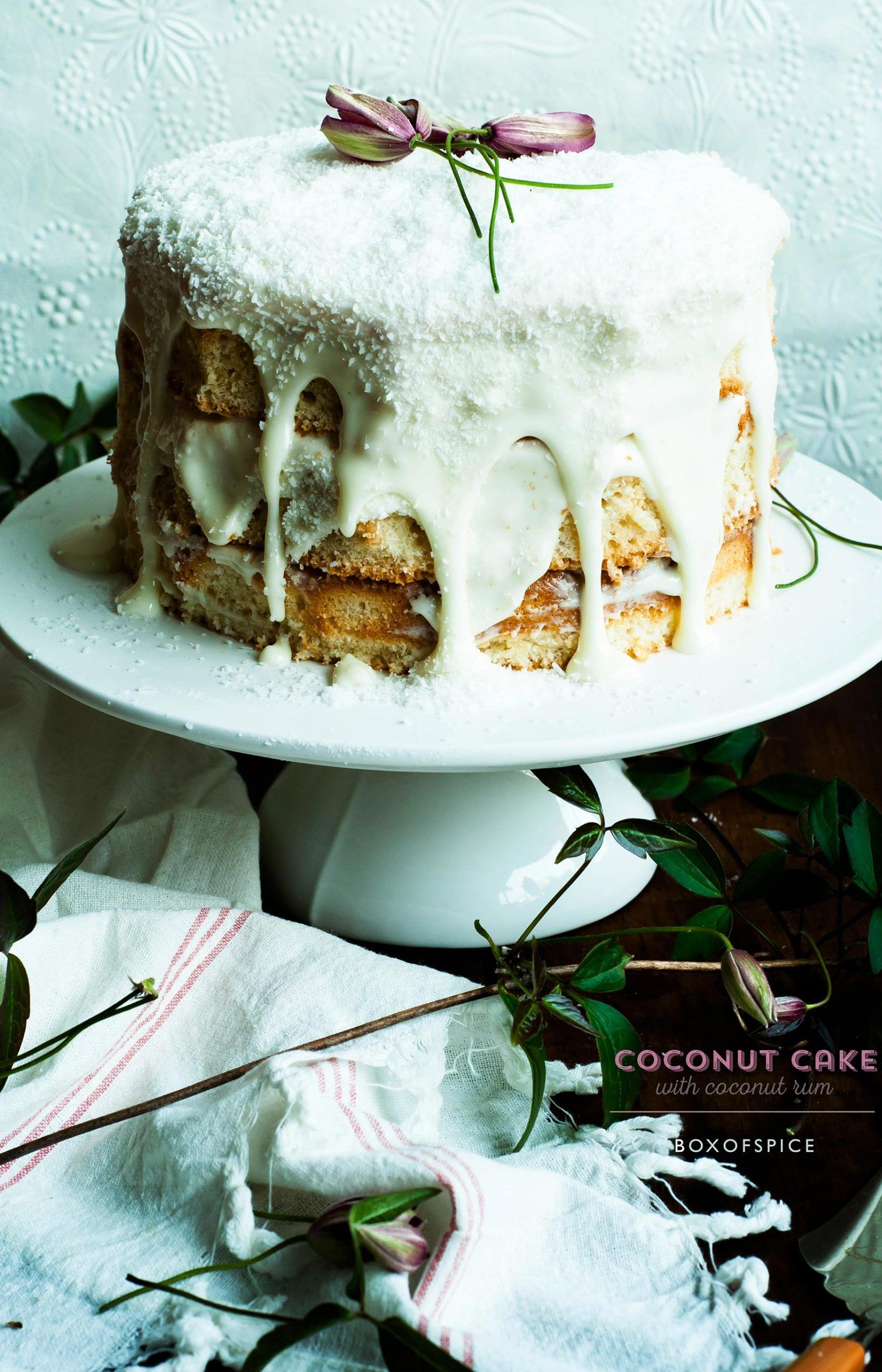 Coconut Cake With Coconut Rum Receita Bolos E Doces Bolo